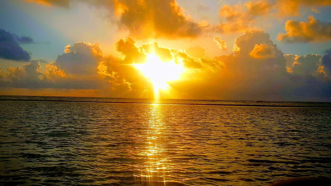 Sunset Soliloquy – a Poem